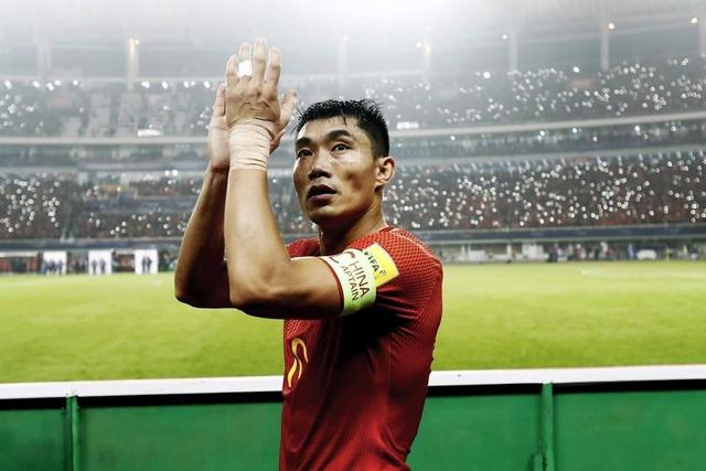 Old Jifuying! Zheng Zhi no longer serves as the general manager of Evergrande, hoping to continue to fight as a player