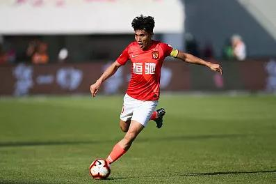 """""""Sports Watch"""" stepped down as the general manager of the club, why did Zheng Zhi return to his""""duty""""?"""