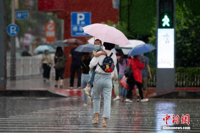 Obvious precipitation in Jiangnan and other places in the Sichuan Basin, local heavy rain in Shaanxi, Chongqing and other places