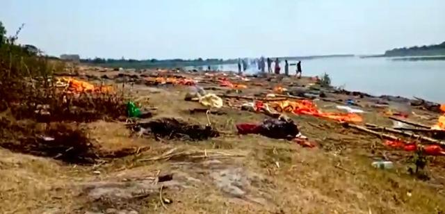 The stretcher in the crematorium melted and a large number of floating corpses appeared in the Ganges River. How miserable will India be under the epidemic?