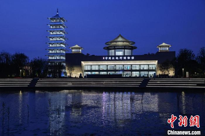 """Yangzhou China Grand Canal Museum's Ambilight """"Best Costume"""" Appears"""