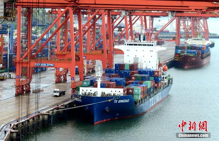 Ministry of Transport: As of the end of 2020, there are a total of 1.716 million Chinese crew members
