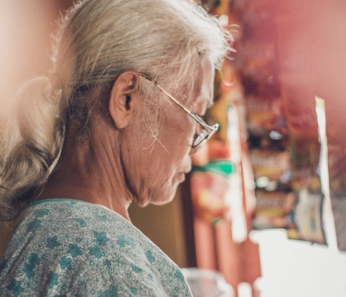 """We cannot deceive aging and death: new insights into the """"hypothesis of constant aging rate"""""""