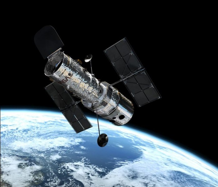 """NASA continues to try to """"save"""" the offline Hubble Space Telescope"""