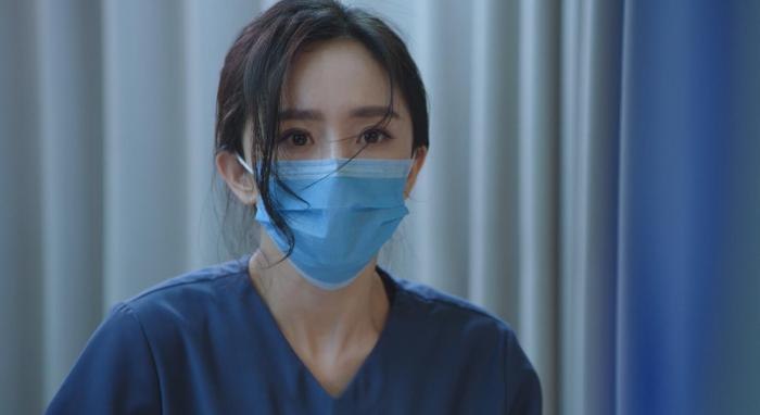 """""""Thank you, doctor"""" sends a forerunner notice. Yang Mi and Bai Yu perform the incarnation of doctor"""