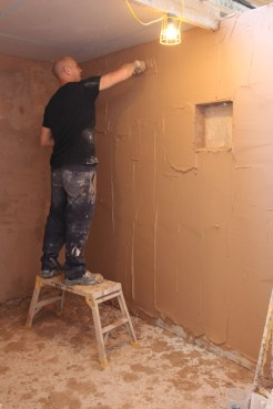 Plastering course in action