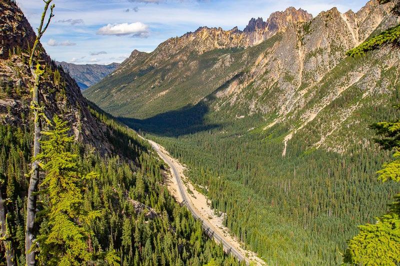 North Cascades National Park scenic drive