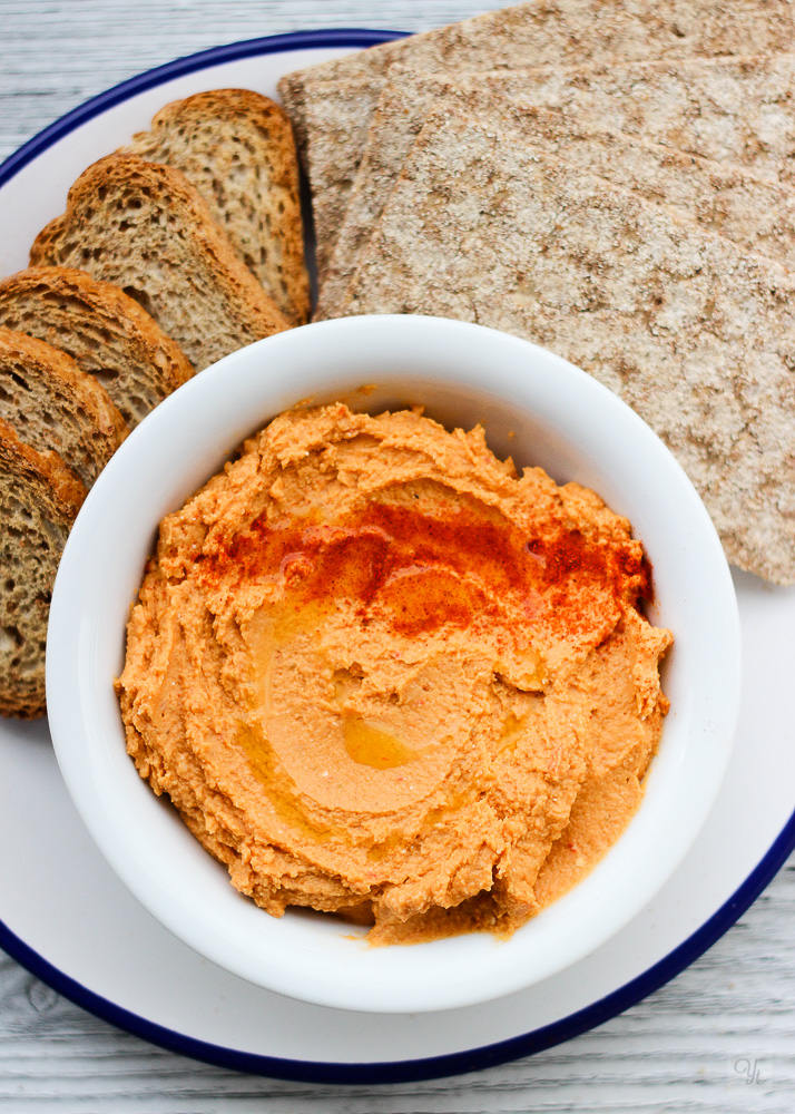 Hummus pimiento y feta1