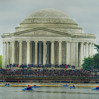 Jefferson-Memorial-Lots-of-people-We-figured-out-why-later