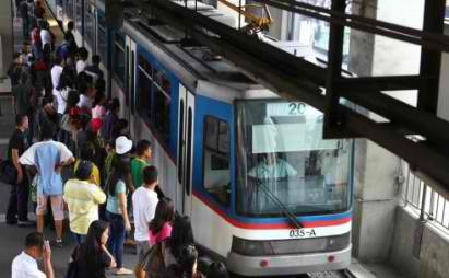 MRT, MMDA to implement phone number coding on commuters