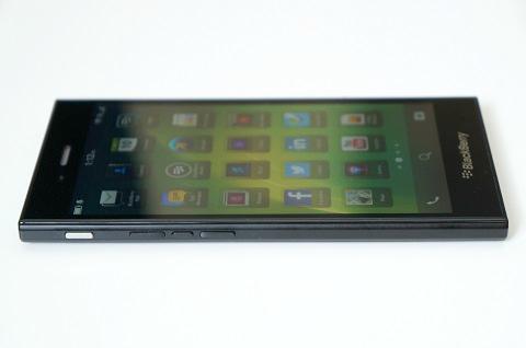 blackberry z3_3