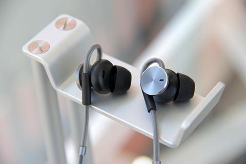 huawei-ultimo-power-anc-earphone-1