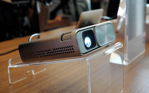asus-e1z-projector