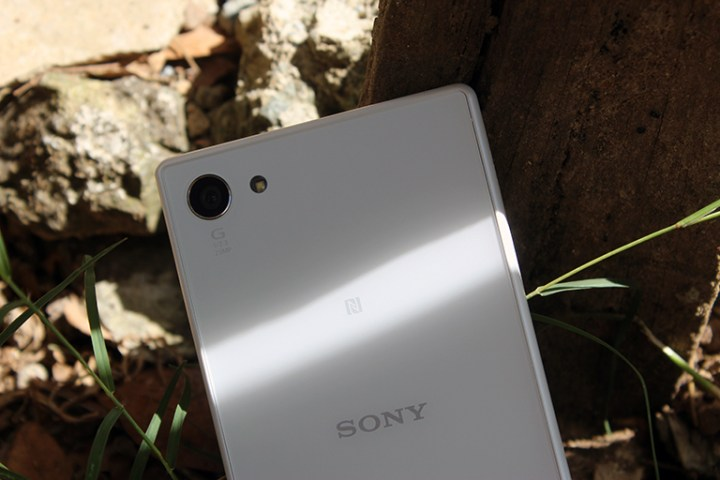 SonyXperiaZ5Compact7