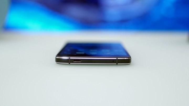 blackberry-dtek50-8