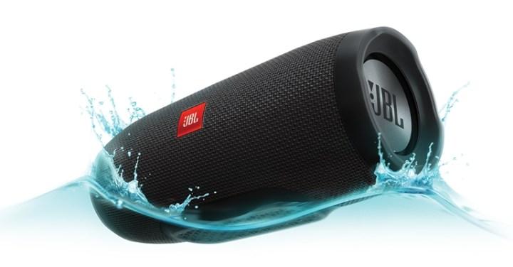 jbl-charge-3-watersplash-black