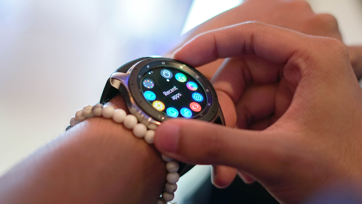 Samsung Galaxy Watch hands-on, first impressions video