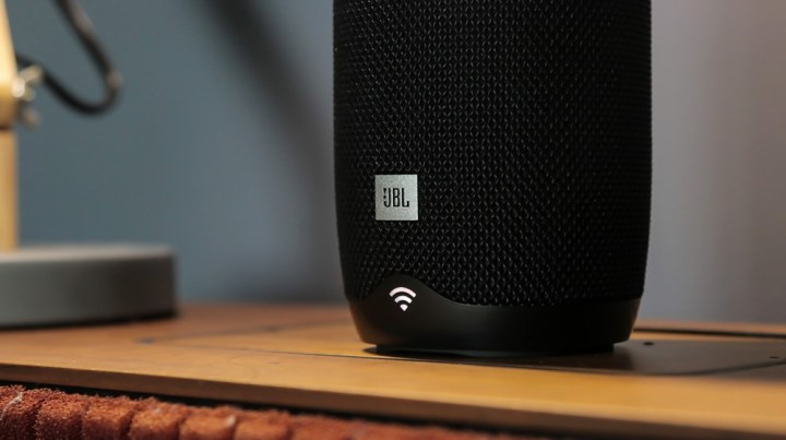JBL Link 10 Voice Activated Speaker Hands-on - YugaTech