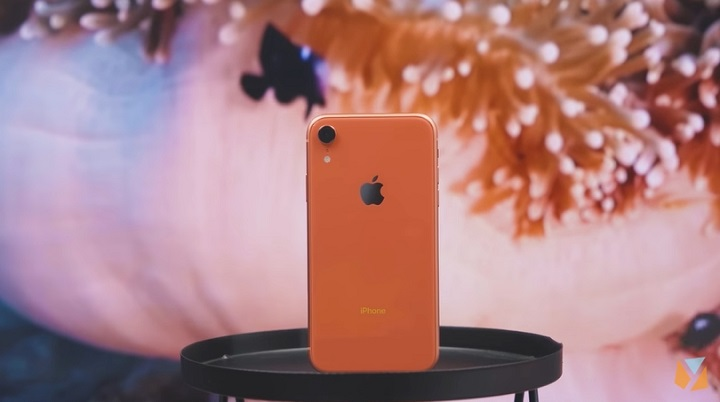 Apple cuts iPhone 8, 8 plus, and XR prices in the