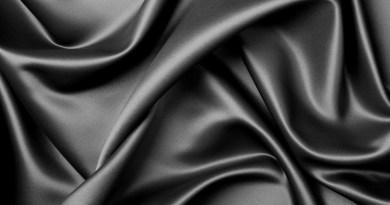 Tahukah Anda Apa yang Dimaksud Wanita yang Berpakaian Tapi Telanjang…?