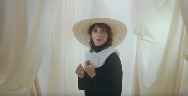 Aldous Harding - The Barrel