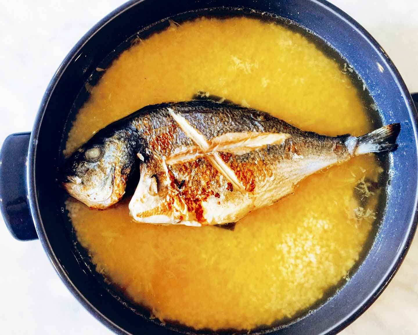 cooking the sea bream for the tai meshi