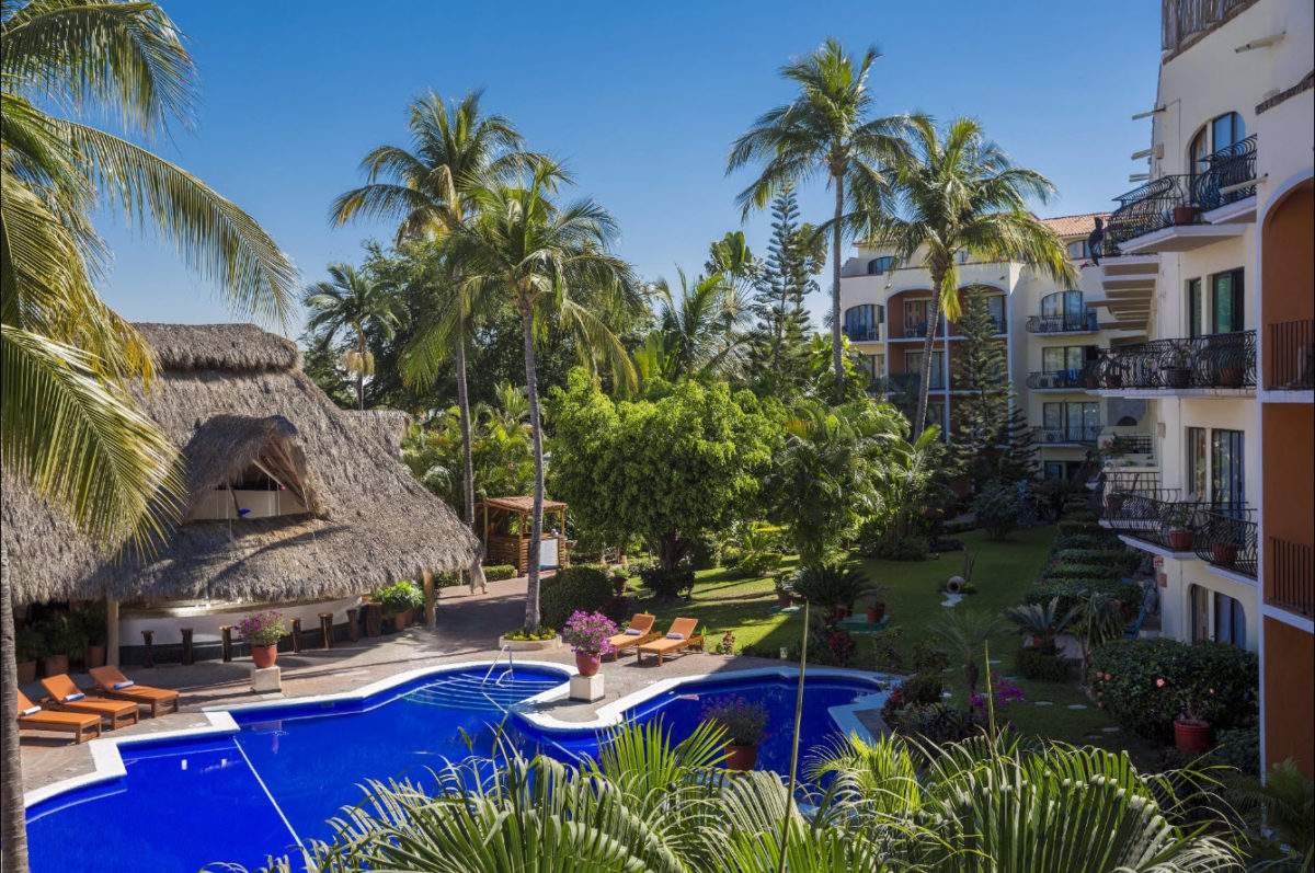 Last minute deal to Puerto Vallarta, Mexico from Montreal, flights and hôtel for only 479$ p.p. double occ.
