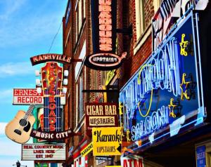 Cheap flights from Ottawa to Nashville, TN starting at only 275$ R/T