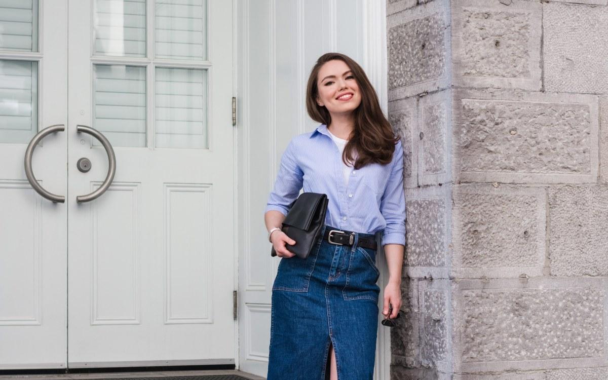 Midi Denim Skirt Outfit