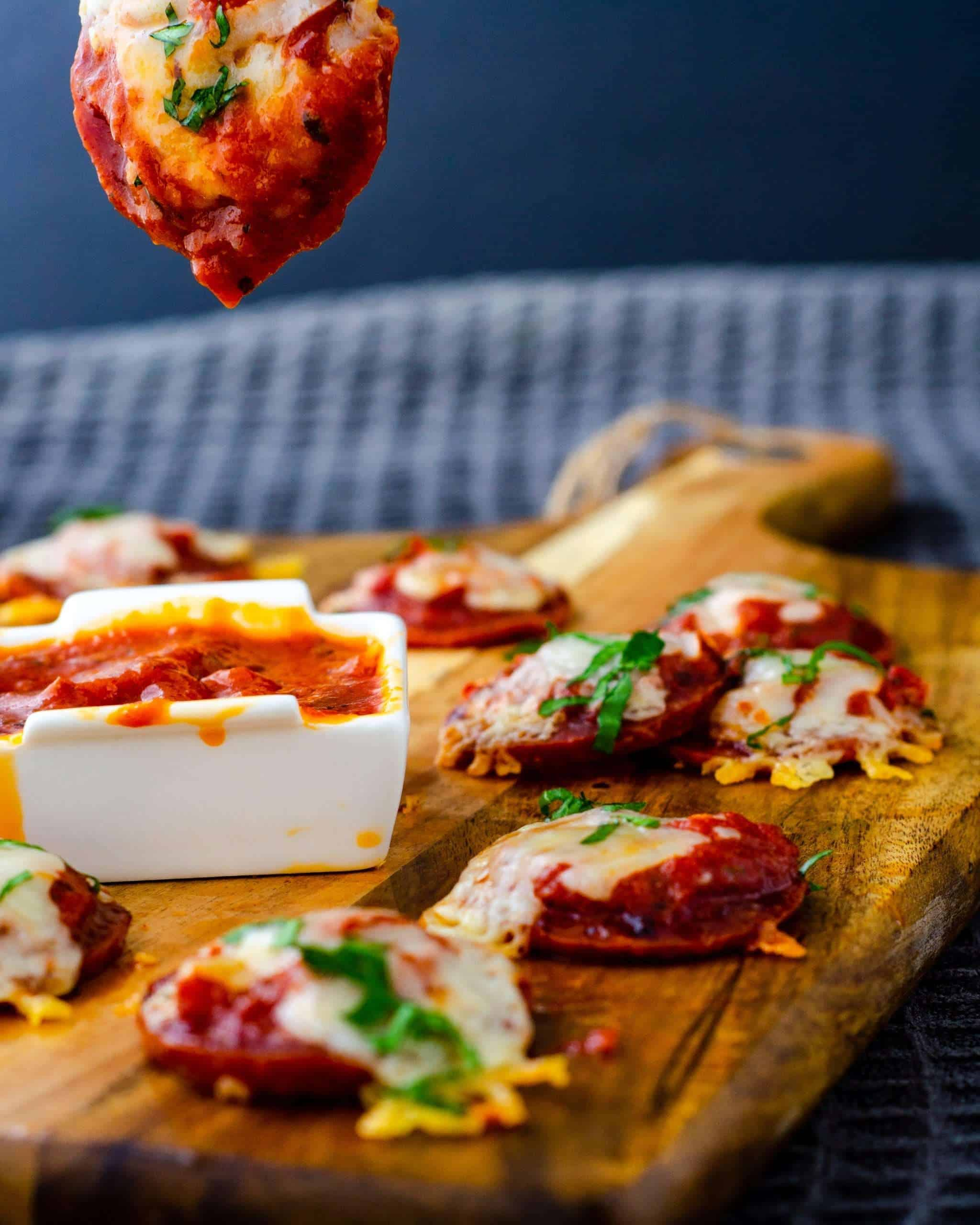 Low Carb mini pizzas with dipping sauce