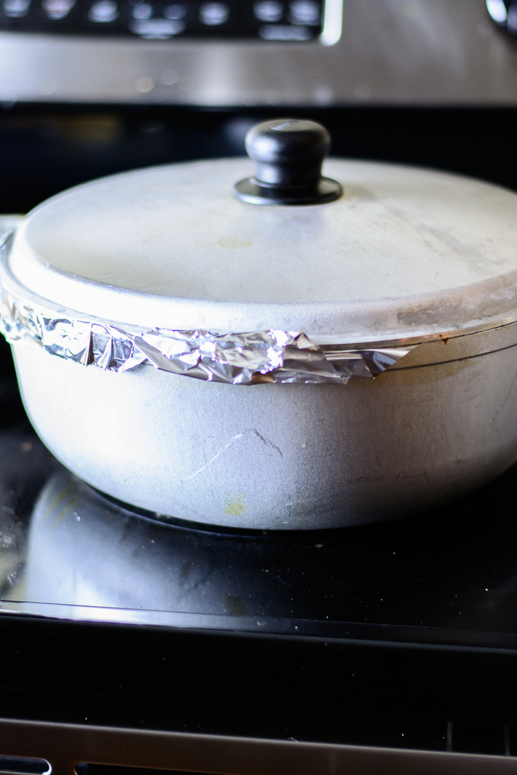 thieboudienne: steaming rice