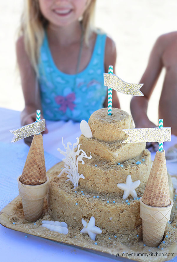 How to make a beautiful sandcastle birthday cake.