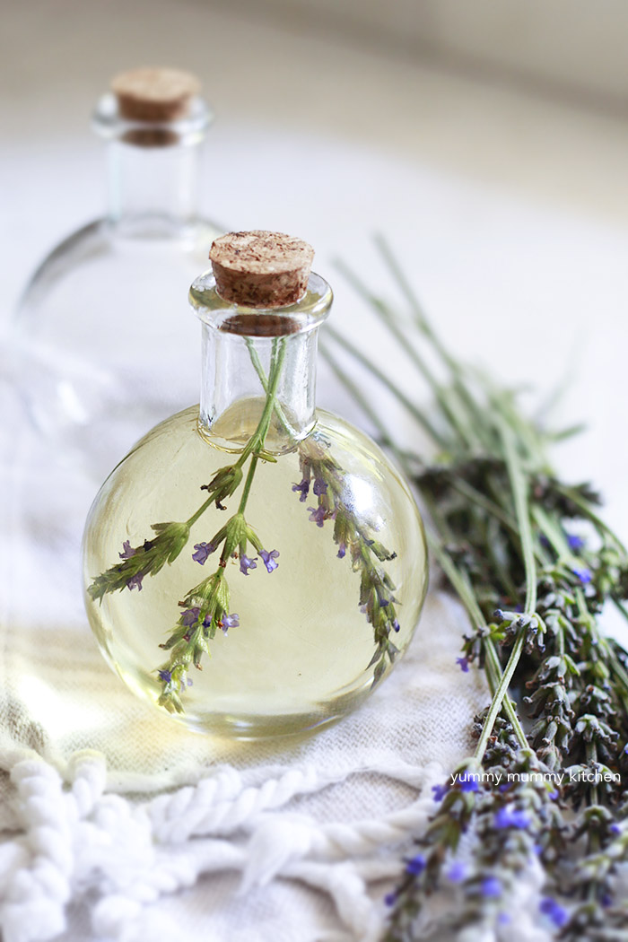 how to make essential oil moisturizer