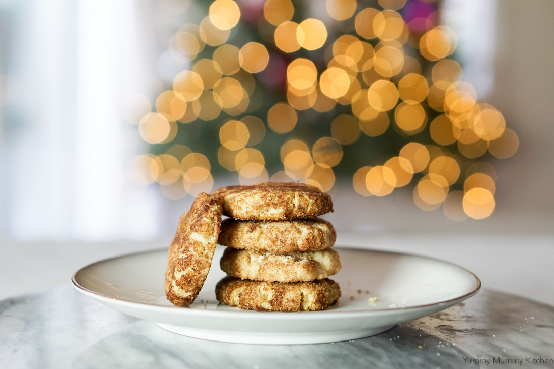 Vegan Gluten Free Almond Flour Snickerdoodle recipe. These beautiful crinkly cookies are perfect for Christmas!
