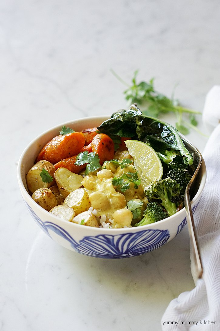 This delicious yellow curry bowl is filled with coconut milk, chickpeas, and vegetables. It makes an easy vegetarian curry dinner.