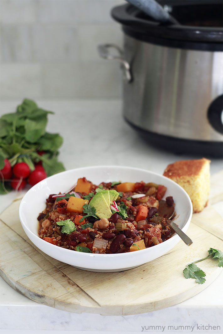 easy vegetarian slow cooker chili with beans, quinoa, and butternut squash