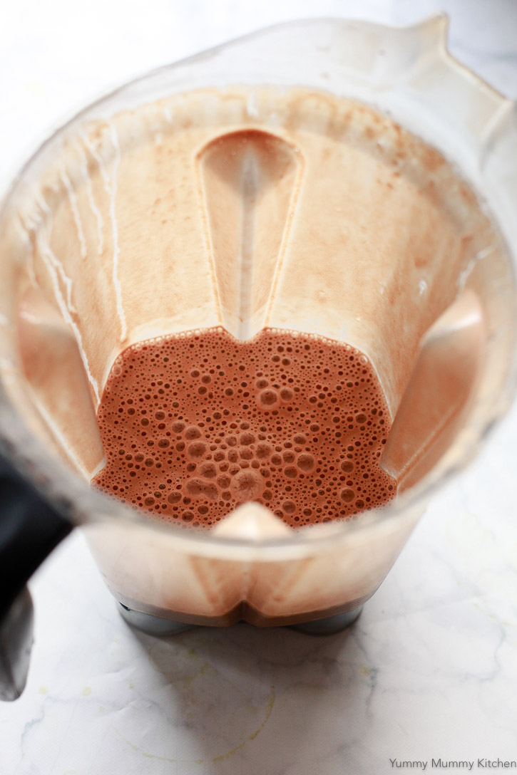 This easy vegan and paleo hot cocoa is made with a few natural ingredients and blended in the blender.