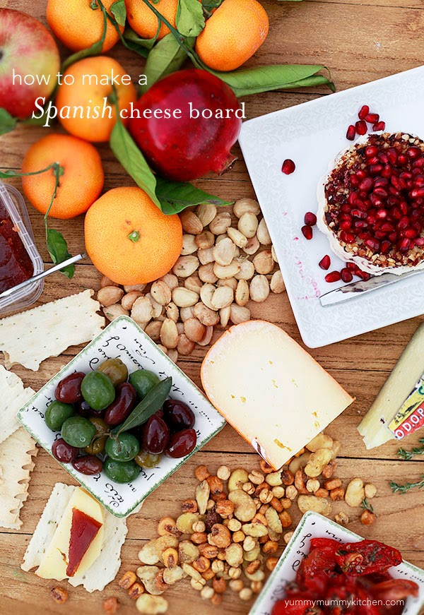 how to make a holiday cheese board