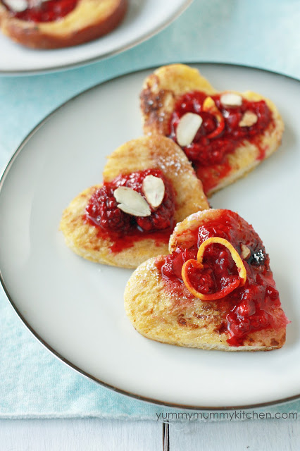healthy french toast with stewed berries