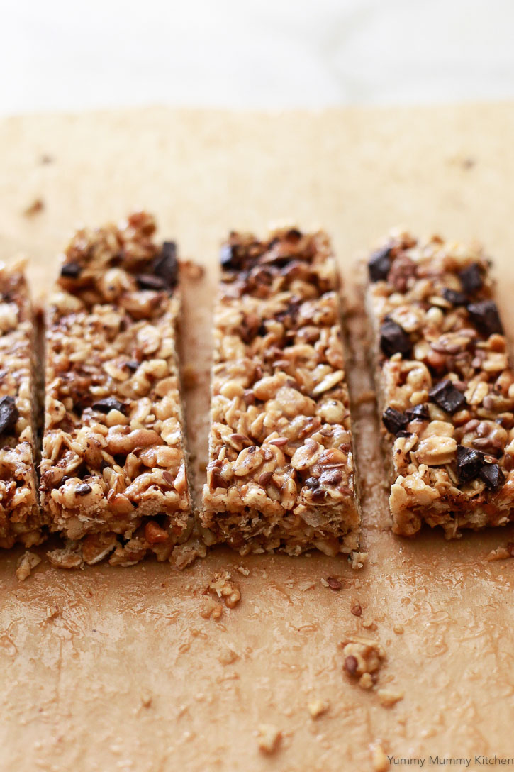 These easy no-bake granola bars are made with 5 ingredients or less! Pre-made granola gives these bars their crunch.
