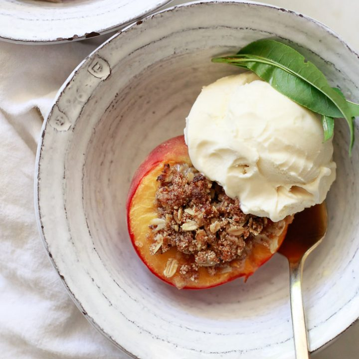 Baked Peaches with Gluten Free Oatmeal Crisp Topping