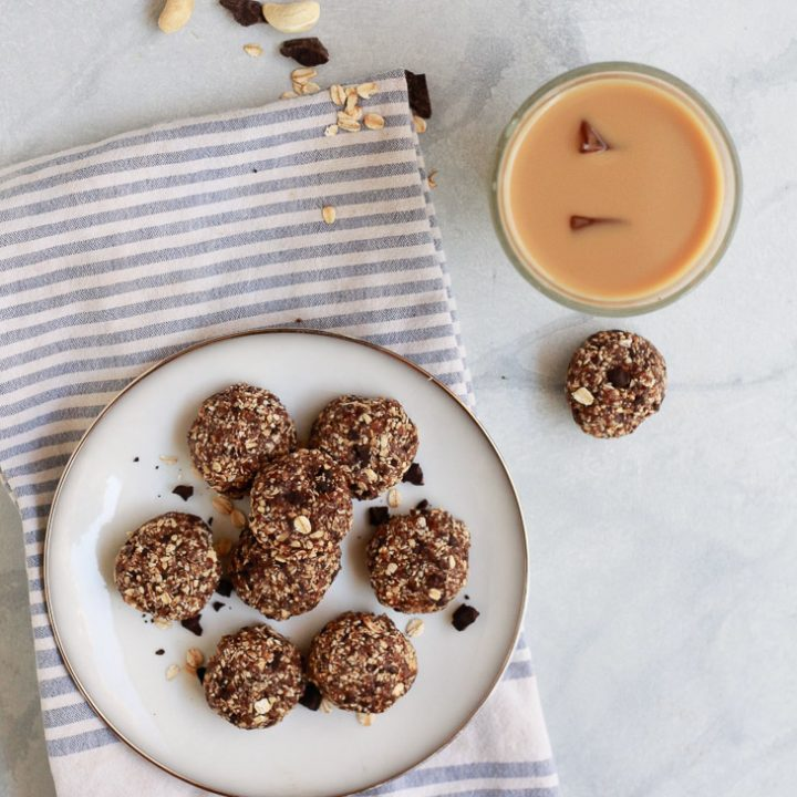 Healthy No-Bake Oatmeal Cookies