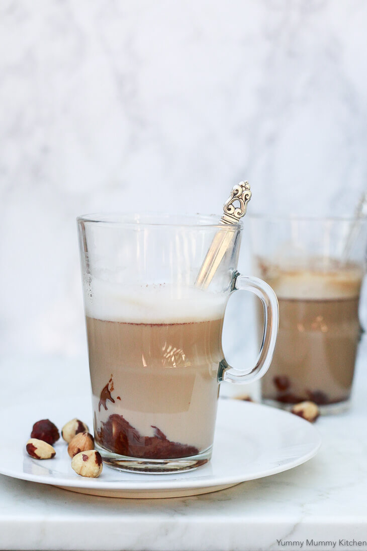 Homemade nutella latte recipe made with almond milk and chocolate hazelnut spread.