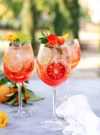Beautiful Aperol Spritz cocktail recipe.
