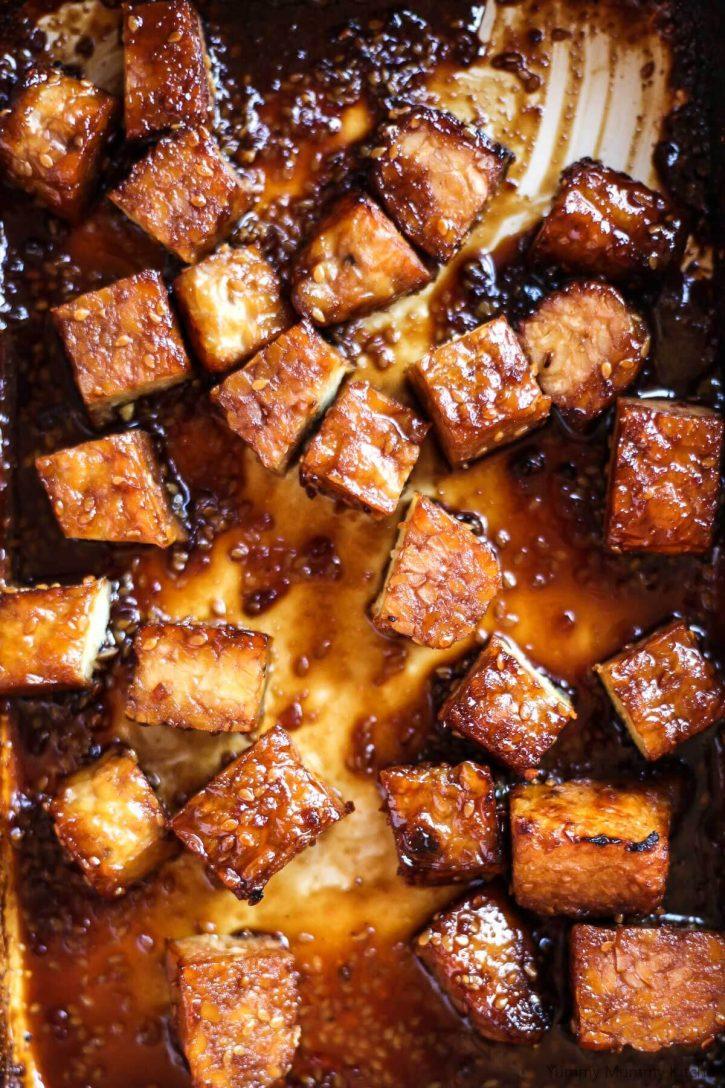 A pan of crispy teriyaki tempeh.