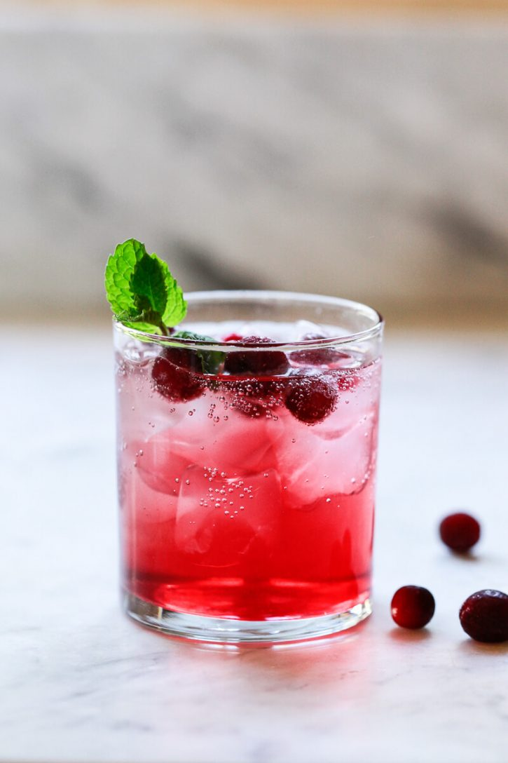 A refreshing cranberry juice detox drink recipe made with apple cider vinegar (ACV), unsweetened cranberry juice and water.