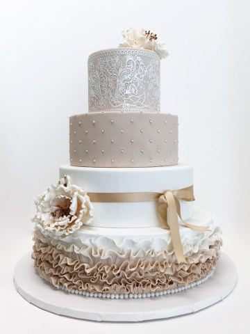 Elegant Wedding Cakes   Yummy Yonie Cakes Elegant Wedding Cakes