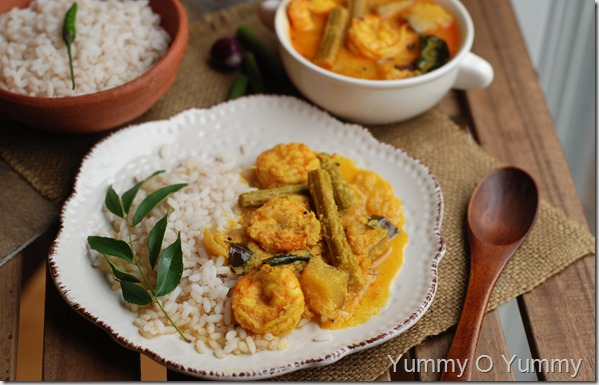 Chemmen muringakka curry1