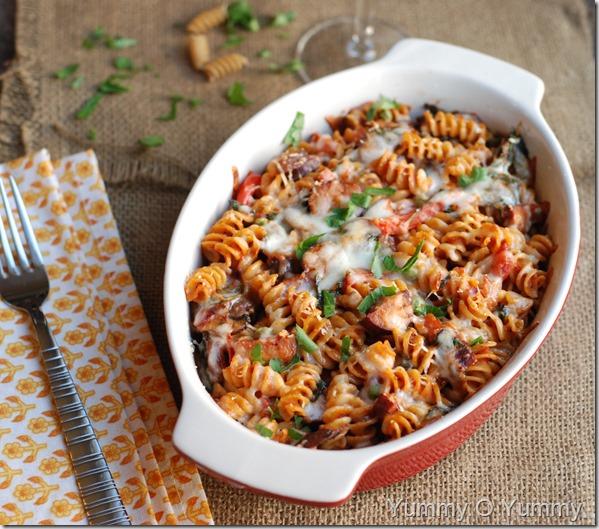 Chicken sausage and veggie pasta bake