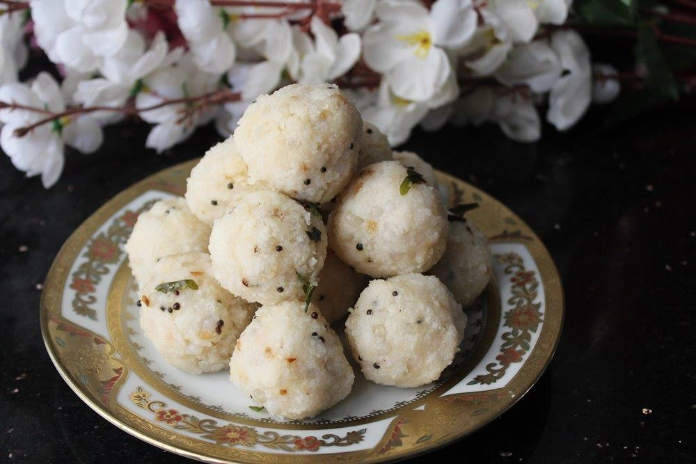 Rice Sago Kara Kolukattai
